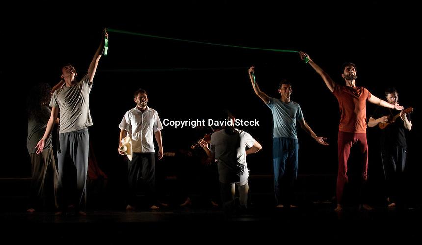 Quer&eacute;taro, Qro. 12 de agosto de 2014.- La compa&ntilde;&iacute;a teatral &ldquo;Ciertos Habitantes&rdquo; present&oacute; su obra &ldquo;La Vida es Sue&ntilde;o&rdquo;en el Teatro de la Ciudad en el marco de la s&eacute;ptima edici&oacute;n del festival internacional de artes esc&eacute;nicas SiguienteScena 2014. <br /> <br /> Foto: David Steck Obture