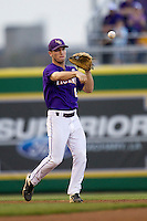 LSU Tigers shortstop Alex Bregman #8 makes a throw to second base during the Southeastern Conference baseball game against the Georgia Bulldogs on March 22, 2014 at Alex Box Stadium in Baton Rouge, La. The Tigers defeated the Bulldogs 2-1. (Andrew Woolley/Four Seam Images)