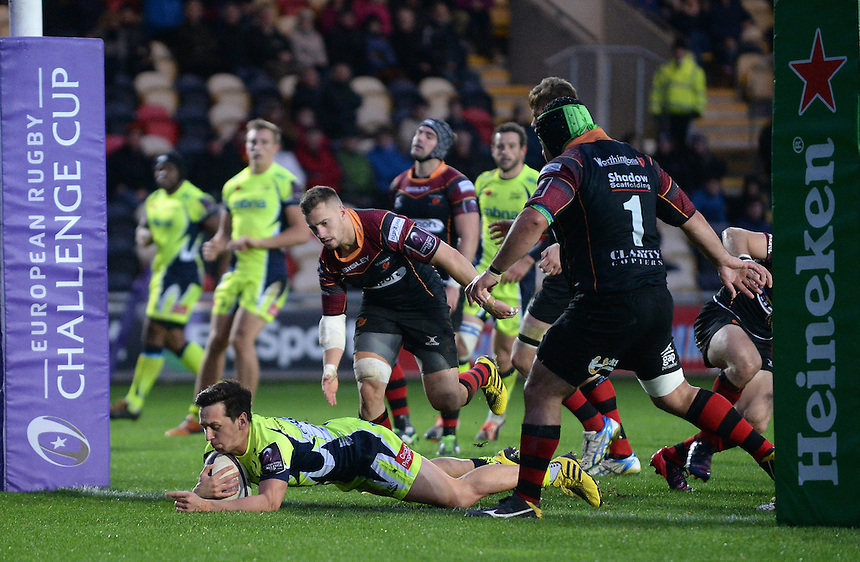 Sale Sharks' James Mitchell scores his sides first try<br /> <br /> Photographer Ian Cook/CameraSport<br /> <br /> Rugby Union - European Rugby Challenge Cup Pool 2 - Newport Gwent Dragons v Sale Sharks - Sunday 15th November 2015 - Rodney Parade - Newport<br /> <br /> &copy; CameraSport - 43 Linden Ave. Countesthorpe. Leicester. England. LE8 5PG - Tel: +44 (0) 116 277 4147 - admin@camerasport.com - www.camerasport.com