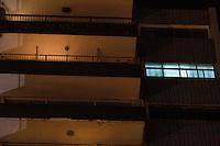 SÃO PAULO,SP,06.08.2014 - PERICIA MORTE PICHADORES - A policia civil realizou na noite de ontem (05) a pericia no edifício na Mooca na Zona Leste de São Paulo onde dois pichadores foram mortos por policiais militares na quinta-feira (31). (Foto Ale Vianna/Brazil Photo Press).
