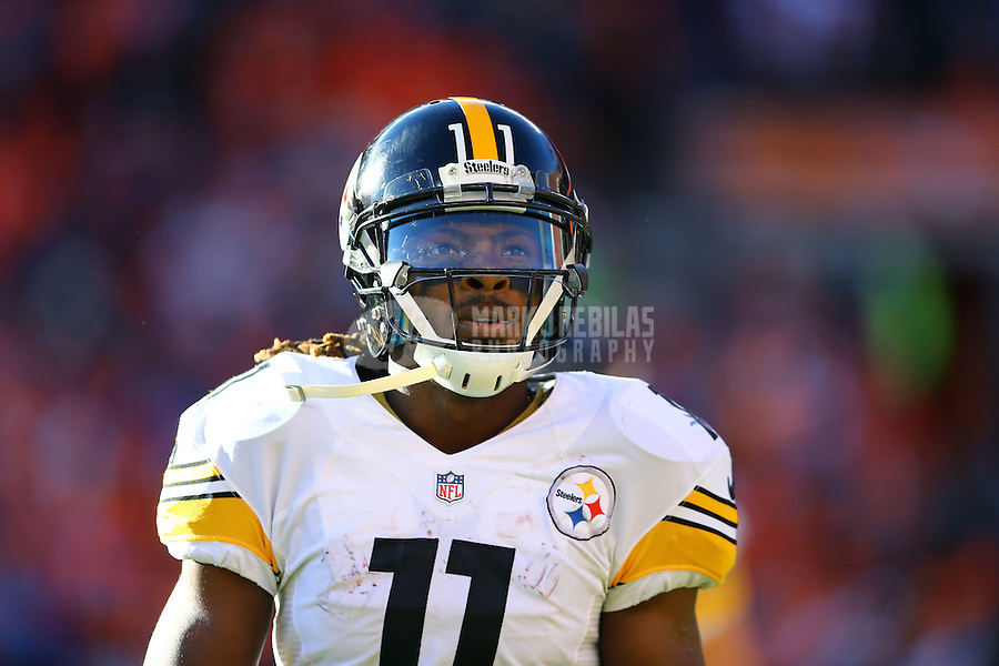 Jan 17, 2016; Denver, CO, USA; Pittsburgh Steelers wide receiver Markus Wheaton (11) against the Denver Broncos during the AFC Divisional round playoff game at Sports Authority Field at Mile High. Mandatory Credit: Mark J. Rebilas-USA TODAY Sports