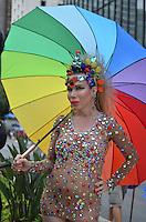 SAO PAULO, 02 DE JUNHO DE 2013 - MOVIMENTACAO PARADA GLBT - Movimentação na Avenida Paulista, durante preparativos finais para a Parada GLBT, na manha deste domingo, 02.  (FOTO: ALEXANDRE MOREIRA / BRAZIL PHOTO PRESS)