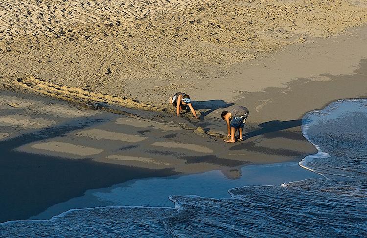 Sand castles under pressure