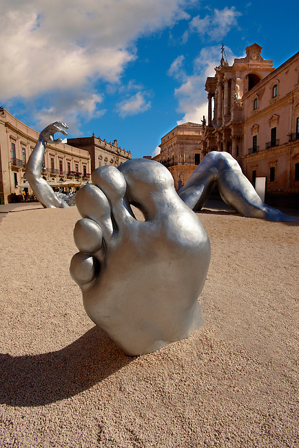 """The Awakening"" a 70 ft sculpture aluminuim sculpture by Seward Johnson - Duomo square, Syracuse ( Siracusa) , Sicily"