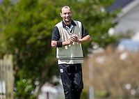 Andy McKay prepares to bowl during the Ewen Chatfield Trophy Wellington premier men's club cricket match between Karori and Naenae at Benburn Park, Karori, Wellington, New Zealand on Sunday, 31 October 2015. Photo: Dave Lintott / lintottphoto.co.nz