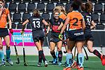 AMSTELVEEN  - Kelly Jonker (A'dam) heeft gescoord   Maria Verschoor (A'dam)  .  Hoofdklasse hockey dames ,competitie, dames, Amsterdam-Groningen (9-0) .     COPYRIGHT KOEN SUYK