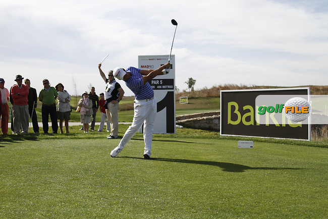 Matteo Manassero (ITA) tees off on the 11th tee during Friday's Round 2 of the Bankia Madrid Masters at El Encin Golf Hotel, Madrid, Spain, 7th October 2011 (Photo Eoin Clarke/www.golffile.ie)