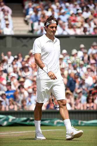 June 30th 2010: Wimbledon International Tennis Tournament held at the All England Lawn Tennis Club, London, England, Roger Federer of SUI playing Tomas Berdych of CZE in the mens singles quarter finals