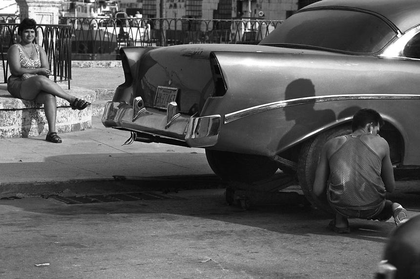 Shadowplay and car repair in Havana