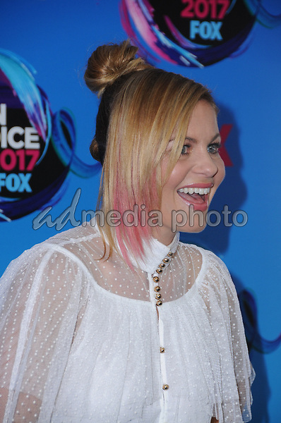 13 August  2017 - Los Angeles, California - Candace Cameron Bure. Teen Choice Awards 2017 held at the Galen Center in Los Angeles. Photo Credit: Birdie Thompson/AdMedia