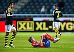 Solna 2013-09-30 Fotboll Allsvenskan AIK - &Ouml;sters IF :  <br /> &Ouml;ster 18 Johan Persson har ont efter en n&auml;rkamp och dr&ouml;jer sig liggande kvar p&aring; planen<br /> (Foto: Kenta J&ouml;nsson) Nyckelord:  skada skadan ont sm&auml;rta injury pain