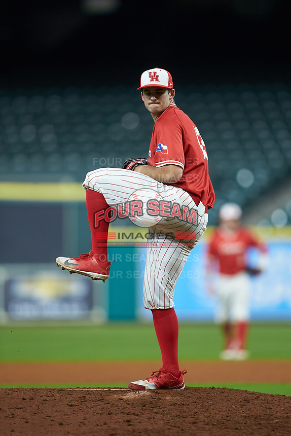 Houston Cougars relief pitcher Tyler Bielamowicz (13) in action against the Vanderbilt Commodores during game nine of the 2018 Shriners Hospitals for Children College Classic at Minute Maid Park on March 3, 2018 in Houston, Texas. The Commodores defeated the Cougars 9-4. (Brian Westerholt/Four Seam Images)