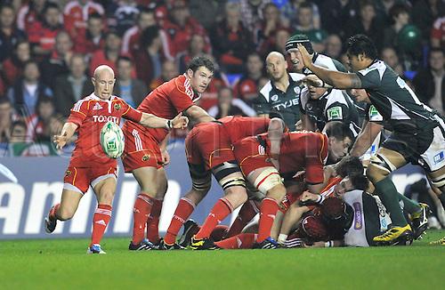 09.10.2010. Heineken Cup London Irish vs Munster  Round 1at Madejski Stadium, Reading, England. Peter Stringer of Munster clears the ball.
