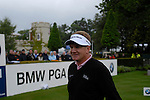 Paul Broadhurst arrives on the 1st tee on the opening hole during the final round of the BMW PGA Championship at Wentworth Club, Surrey, England 27th May 2007 (Photo by Eoin Clarke/NEWSFILE)