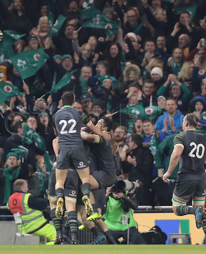 11th November 2017, Aviva Stadium, Dublin, Ireland; Autumn International Series, Ireland versus South Africa; Ireland celebrate a try in the corner