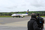 The second last scheduled flight by Ryanair from Dublin to Kerry lands on Saturday night. Aer Arann will take over the route in November.<br /> Picture by Don MacMonagle