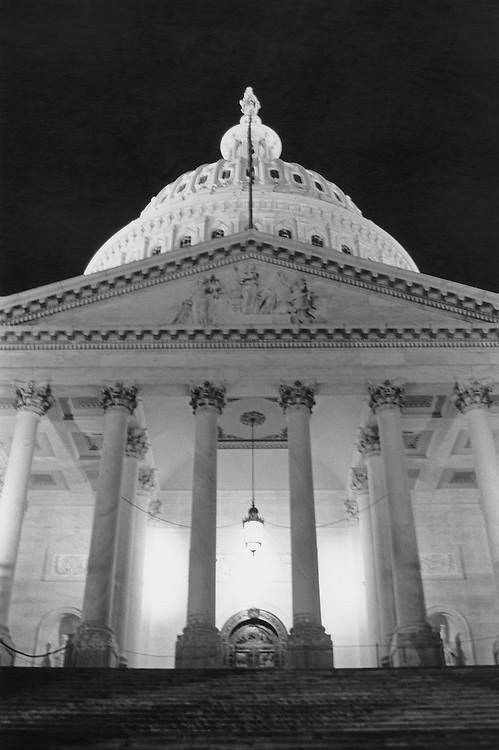 U.S. Capitol at night. (Photo by Maureen Keating/CQ Roll Call)