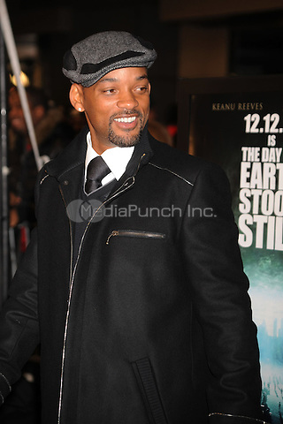 Will Smith attends 'The Day The Earth Stood Still' Premiere at AMC Loews Lincoln Square in New York City. December 9, 2008. Credit: Dennis Van Tine/MediaPunch