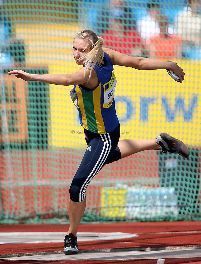 Photo: Paul Thomas/Richard Lane Photography..Norwich Union World Trials and AAA Championships. 29/07/2007. .Jenny Scott in the women's discus.