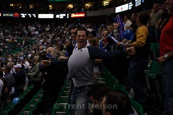 fan with balloon in shirt. Salt Lake City - Utah Jazz vs. Houston Rockets. Scenes from the home season opener. 11.01.2007