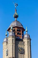 France, Nord (59), Bergues: Beffroi de Bergues qui abrite un carillon de 50 cloches est classé Patrimoine Mondial de l'UNESCO //  France, Nord, Bergues: Belfry of Bergues, which houses a carillon of 50 bells is listed as World Heritage by UNESCO