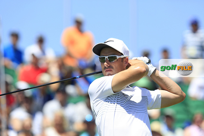 Ross Fisher (ENG) tees off the 1st tee to start his match during Friday's Round 2 of the 117th U.S. Open Championship 2017 held at Erin Hills, Erin, Wisconsin, USA. 16th June 2017.<br /> Picture: Eoin Clarke   Golffile<br /> <br /> <br /> All photos usage must carry mandatory copyright credit (&copy; Golffile   Eoin Clarke)
