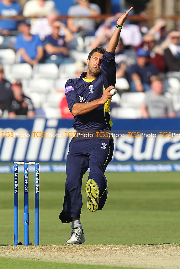 Hamza Riazuddin in bowling action for Hampshire - Essex Eagles vs Hampshire Royals - Yorkshire Bank YB40 Cricket at the Essex County Ground, Chelmsford - 03/05/13 - MANDATORY CREDIT: Gavin Ellis/TGSPHOTO - Self billing applies where appropriate - 0845 094 6026 - contact@tgsphoto.co.uk - NO UNPAID USE.