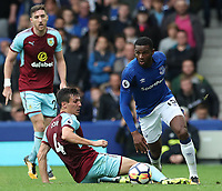 Everton's Cuco Martina skips past Burnley's Jack Cork<br /> <br /> Photographer Rachel Holborn/CameraSport<br /> <br /> The Premier League - Everton v Burnley - Sunday 1st October 2017 - Goodison Park - Liverpool<br /> <br /> World Copyright &copy; 2017 CameraSport. All rights reserved. 43 Linden Ave. Countesthorpe. Leicester. England. LE8 5PG - Tel: +44 (0) 116 277 4147 - admin@camerasport.com - www.camerasport.com