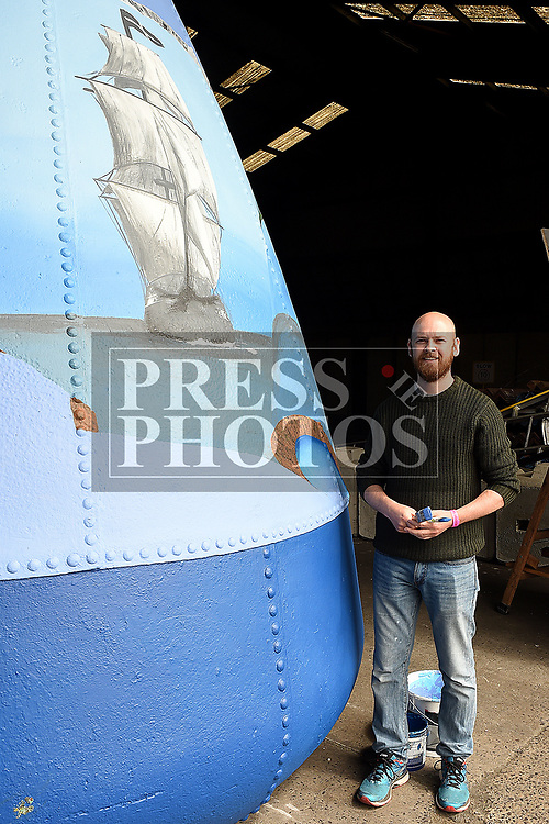 Artist Noel Kelly at the Drogheda Maratime Festival. Photo:Colin Bell/pressphotos.ie