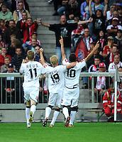 FUSSBALL   1. BUNDESLIGA  SAISON 2011/2012   1. Spieltag FC Bayern Muenchen - Borussia Moenchengladbach           07.08.2011 Marco Reus , Mike Hanke , Igor de Camargo (v. li., Borussia Moenchengladbach)