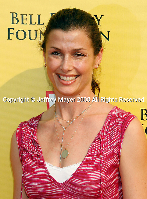"SANTA MONICA, CA. - November 16: Actress Bridget Moynahan arrives at the 11th Anniversary Of P.S. Arts ""Express Yourself 2008"" at the Barker Hanger at the Santa Monica Airport on November 16, 2008 in Santa Monica, California."