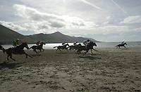9-9-01 GLENBEIGH RACES ON THE BEACH...<br />