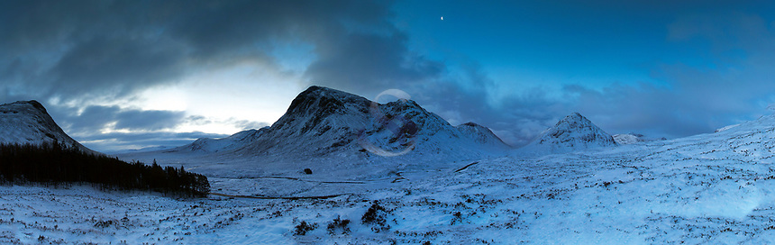 Buachaille Etive Mor and Buachaille Etive Beag from the Devil's Staircase on the West Highland Way, Glencoe, Highland