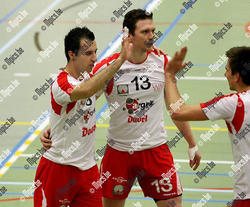 2010-02-06 / Volleybal / seizoen 2009-2010 / Puurs - Preucura Antwerpen / Vlado Milev (L)..Foto: mpics