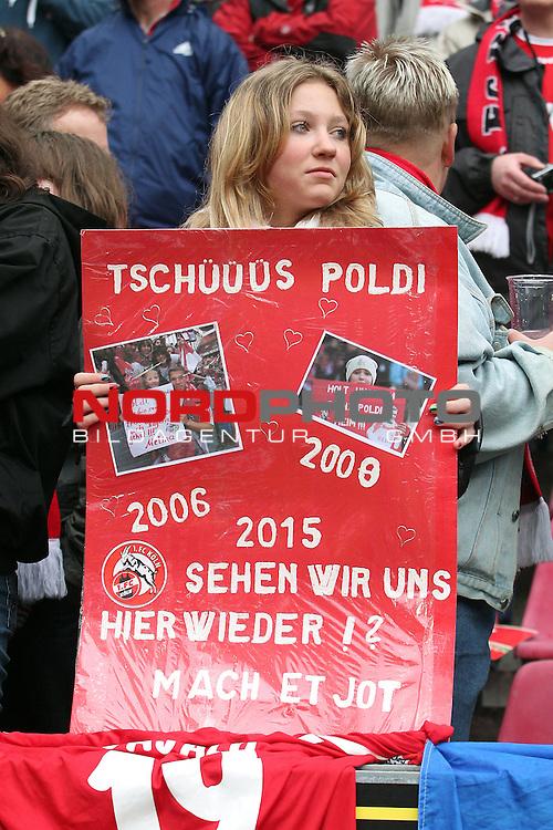 05.05.2012, Rhein Energie Stadion, Koeln, GER, 1.FBL, 1. FC Koeln vs FC Bayern Muenchen, im Bild<br /> Weiblicher Fan mit einem Plakat Tsch&uuml;ss Poldi<br /> <br /> // during the 1.FBL, 1. FC Koeln vs FC Bayern Muenchen on 2012/05/05, Rhein-Energie Stadion, K&ouml;ln, Germany. Foto &copy; nph / Mueller *** Local Caption ***