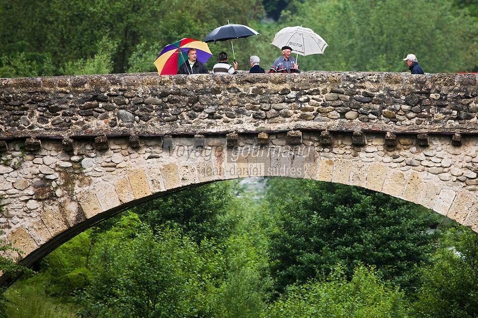 Europe/France/Provence-Alpes-Côtes d'Azur/06/Alpes-Maritimes/Alpes-Maritimes/Arrière Pays Niçois/Sospel: Le Pont vieux à péage sur la Béréva