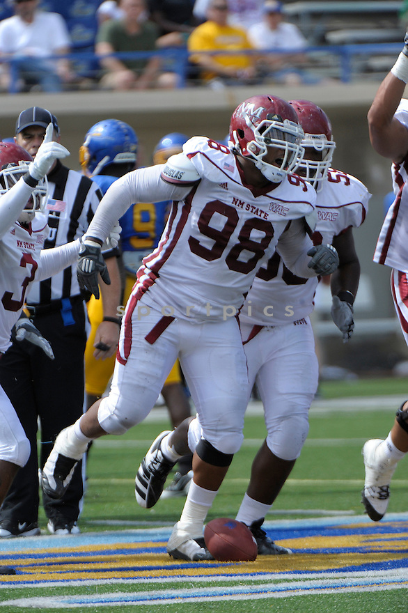 STEPHEN MEREDITH, of the New Mexico State Aggies, in action during New Mexico's game against the San Jose State Spartans on September 24, 2011 at Spartan Stadium in San Jose, CA. San Jose beat New Mexico 34-24.