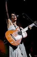 """SAO PAULO, 21 DE JUNHO DE 2012. SHOW MARISA MONTE. A cantora Marisa Monte durante estreia da sua nova turne """"verdade uma ilusão"""" em São Paulo. FOTO: ADRIANA SPACA - BRAZIL PHOTO PRESS"""