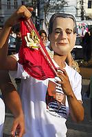 ATENÇAO EDITOR  FOTO EMBARGADA PARA VEICULOS INTERNACIONAIS - NITEROI FEZ MARCHA CONTRA O MENSALAO. NITEROI,RJ 25 DE OUTUBRO 2012. Nesta tarde o centro de Niteroi parou com a marcha de simpatizantes do partido do PDT do candidato Felipe Peixoto, contra o mensalao.  A marcha saiu da Camara de Vereadores até a estaçao das Barcas Arariboia se juntando ao comicio do candidato do PDT.<br /> FOTO RONALDO BRANDAO/BRAZIL PHOTO PRESS