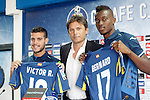 Getafe's new players Bernard Mensah (r) and Victor Rodriguez (l) with the General Manager Toni Munoz during their official presentation. August 5, 2014. (ALTERPHOTOS/Acero)
