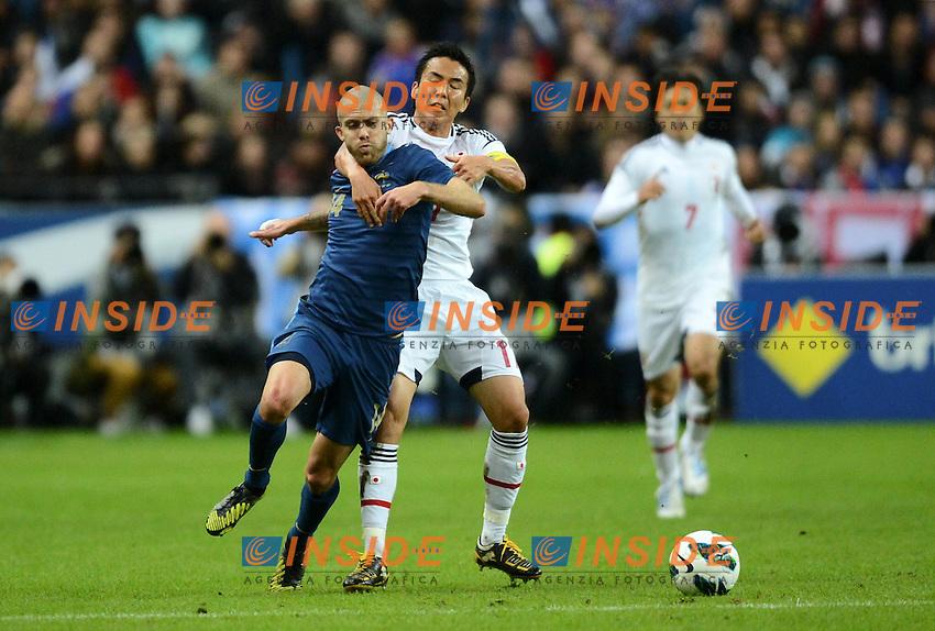 Jeremy MENEZ (fra) -  Makato HASABE (jpn) .Parigi 12/10/2012 .Football Calcio Amichevole.Francia Vs Giappone.Foto Panoramic / Insidefoto.ITALY ONLY