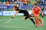 The Hague, Netherlands, June 10: Simon Child #6 of New Zealand in action during the field hockey group match (Men - Group B) between New Zealand and The Netherlands on June 10, 2014 during the World Cup 2014 at Kyocera Stadium in The Hague, Netherlands. Final score 1-1 (0-1) (Photo by Dirk Markgraf / www.265-images.com) *** Local caption ***