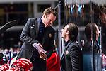 Stockholm 2013-12-28 Ishockey Hockeyallsvenskan Djurg&aring;rdens IF - Almtuna IS :  <br /> Almtuna tr&auml;nare coach Niklas Eriksson diskuterar med Almtuna assisterande tr&auml;nare Tobias Pehrsson <br /> (Foto: Kenta J&ouml;nsson) Nyckelord:  diskutera argumentera diskussion argumentation argument discuss glad gl&auml;dje lycka leende ler le tr&auml;nare manager coach