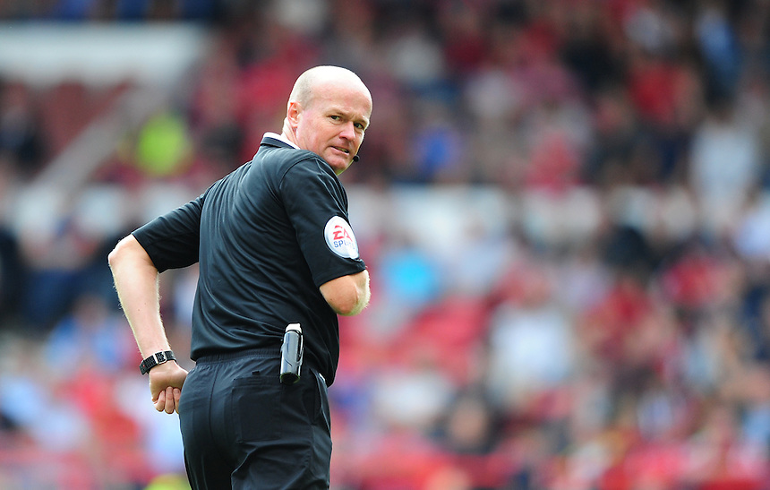 Referee Lee Mason<br /> <br /> Photographer Chris Vaughan/CameraSport<br /> <br /> Football - The Football League Sky Bet Championship - Nottingham Forest v Middlesbrough - Saturday 19th September 2015 - City Ground - Nottingham<br /> <br /> &copy; CameraSport - 43 Linden Ave. Countesthorpe. Leicester. England. LE8 5PG - Tel: +44 (0) 116 277 4147 - admin@camerasport.com - www.camerasport.com