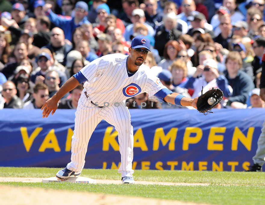 DERREK LEE, of the Chicago Cubs , in action during the Cubs  game against the Houston Astros at Wrigley Field in Chicago, Illinois  on April 17, 2010...The Astros win 4-3