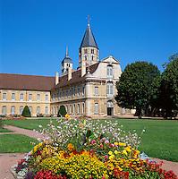 France, Burgundy, Saone & Loire, Cluny: Cluny Abbey | Frankreich, Burgund, Saone & Loire, Cluny: Die Abtei von Cluny