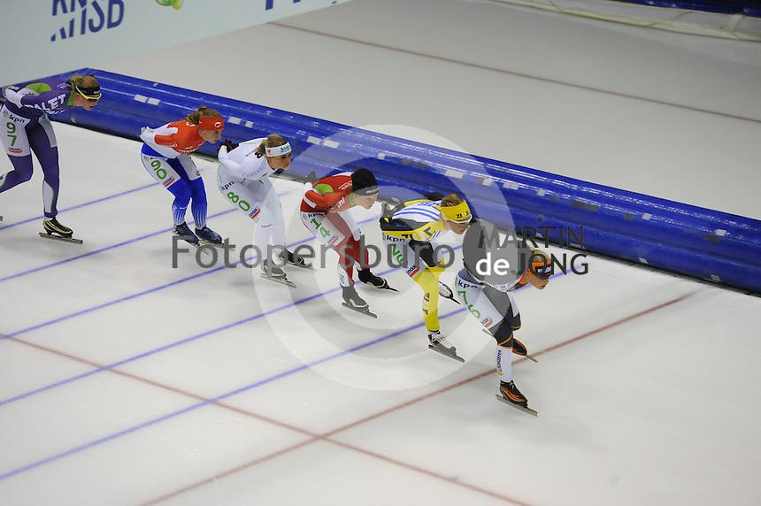 SCHAATSEN: HEERENVEEN: 25-10-2014, IJsstadion Thialf, Marathonschaatsen, KPN Marathon Cup 2, Rixt Meijer (#97), Foske Tamar van der Wal (#90), Irene Schouten (#80), Pien Keulstra (#14), Carien Kleibeuker (#26), Mariska Huisman (#76), ©foto Martin de Jong