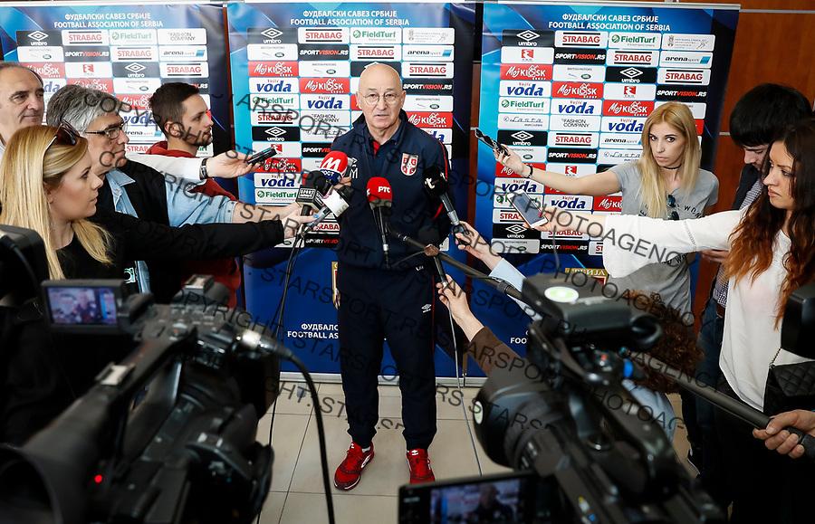 Fudbalski Savez Srbije-EURO Qualifier<br /> Okupljanje pred mec sa Gruzija<br /> Head coach Slavoljub Muslin (C)<br /> Stara Pazova, 20.03.2017.<br /> foto: Srdjan Stevanovic/Starsportphoto &copy;