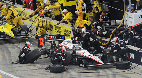 17-19 June 2011, West Allis, Wisconsin USA<br /> #12 Will Power pitstop.<br /> ©2011 Dan R. Boyd Lat Photo USA