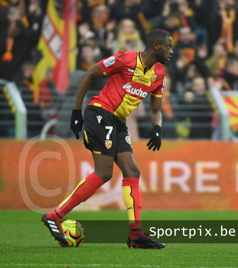20181124 - LENS , FRANCE : Lens' El Hadji Ba pictured during the soccer match between Racing Club de LENS and Grenoble Foot 38, on the 15th  matchday in the French Dominos pizza Ligue 2 at the Stade Bollaert Delelis stadium , Lens . Saturday 24 Novembre 2018 . PHOTO DIRK VUYLSTEKE | SPORTPIX.BE